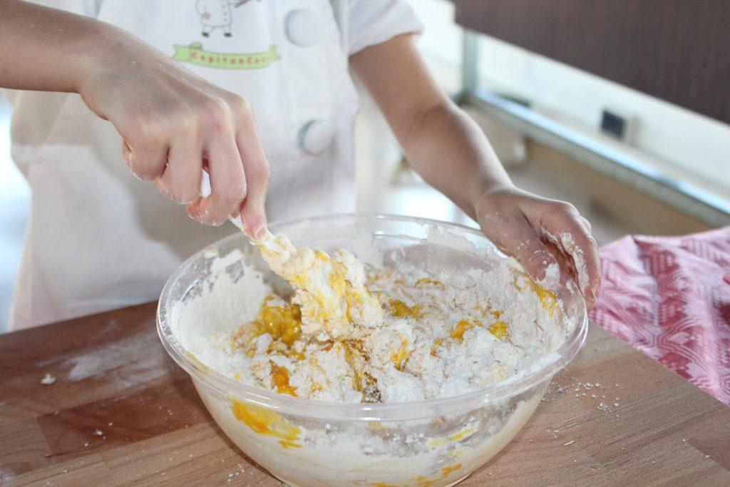 Corsi creativi di cucina per bambini bologna bimbi for Corsi di cucina per bambini
